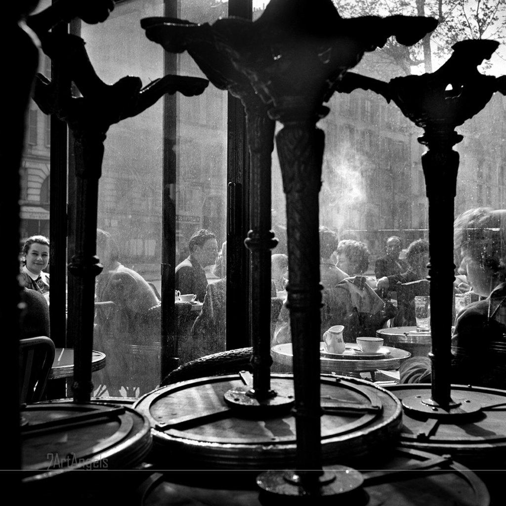 Café DE FLORE Paris 1949